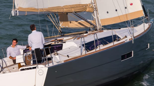 Drop the traveller in gusts to maintain control while retaining good sail shape