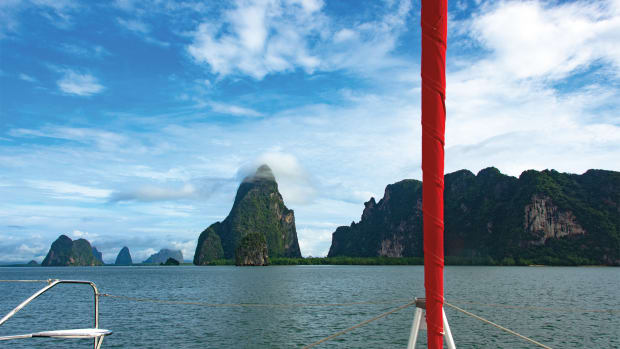 01-LEAD-While-sailing-in-Phang-Nga-Bay,-Thailand-we-depended-entirely-on-Iridium-Go!-for-our-e-mails-and-it-worked-great