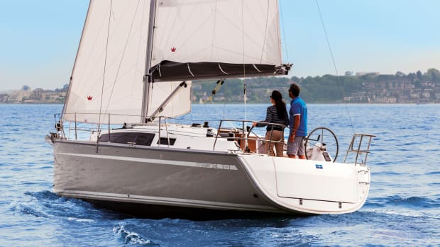 01-C34_Ext_Sailing