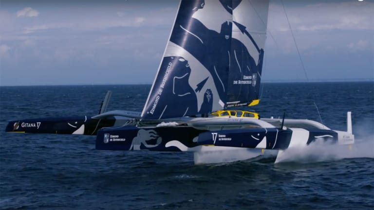 Maxi Edmond de Rothschild: Debut flights