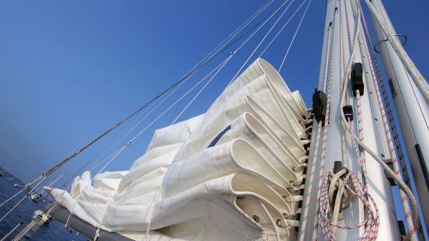 The low-friction cars on this sail allow it to flake down nicely