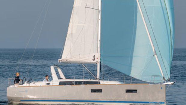 Beneteau-OC38-asail-Promo450x
