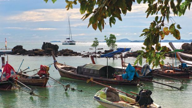 apakorn-at-anchor-copy