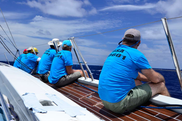 Crew on Sapphire III hiking out