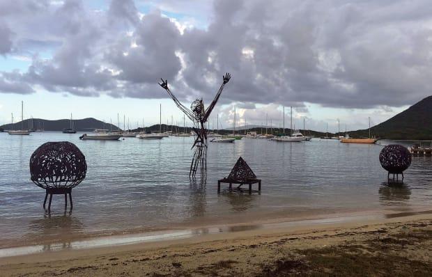 Sea scarecrow