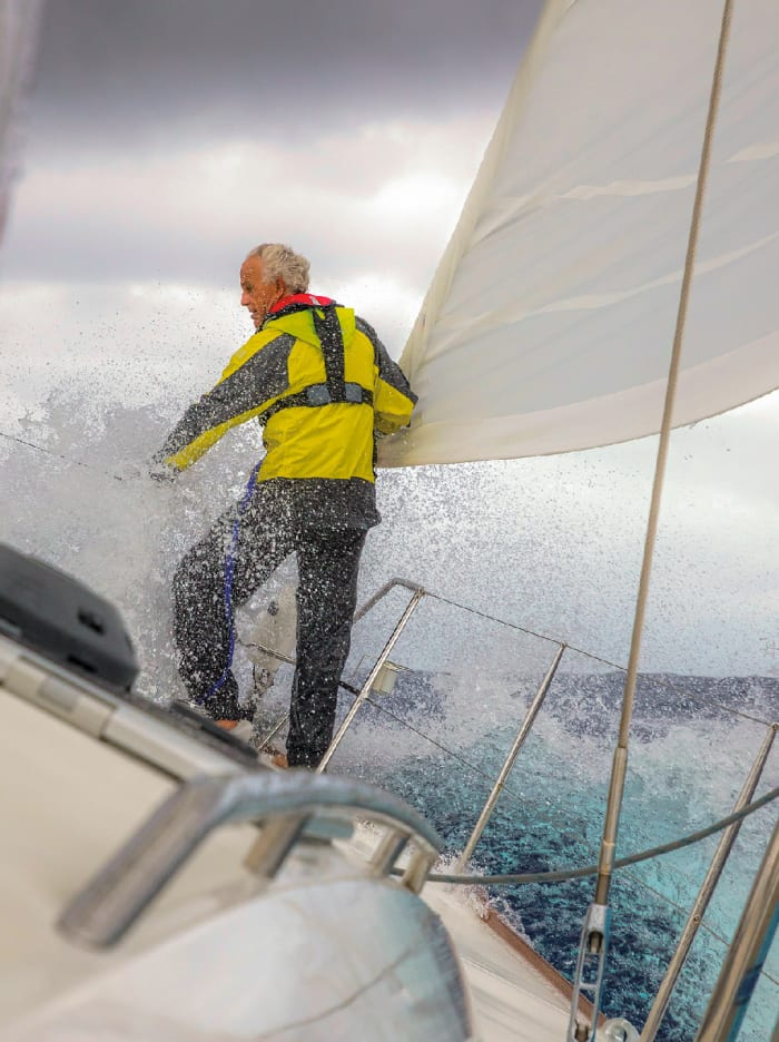 Cruising Tips: How Not to Fall Overboard