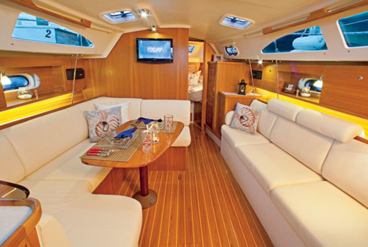 Catalina 315 - Sail Magazine