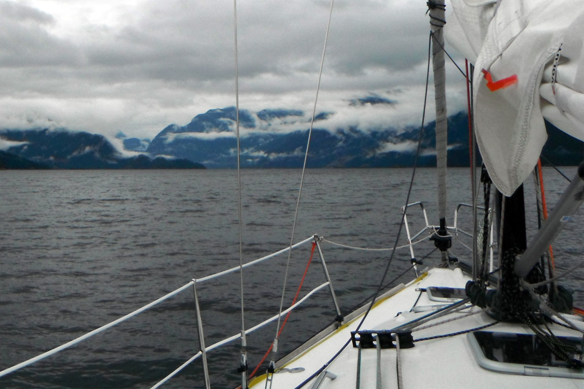 ClaraALLEGRO points to the head of the Agamemnon Inlet on her approach to the infamous Skookumchuck Narrows