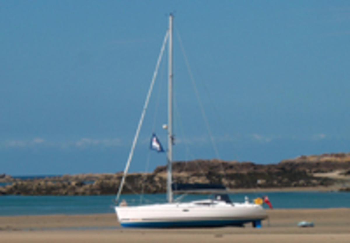 Feeling 44 - Sail Magazine