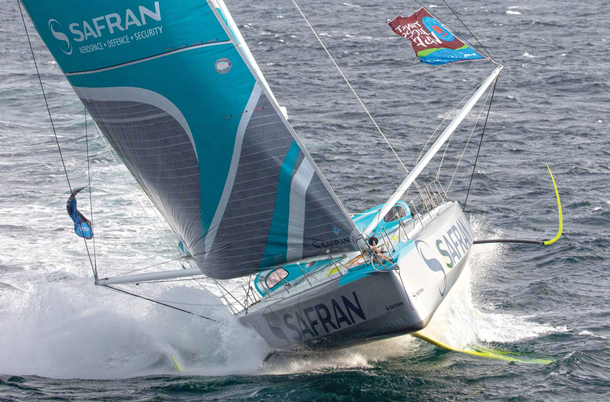 With her deck spreaders and curved lifting foils, Safran represents the state of the IMOCA 60 art