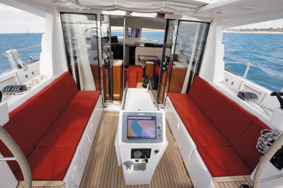 Boat Review: Moody 45DS - Sail Magazine