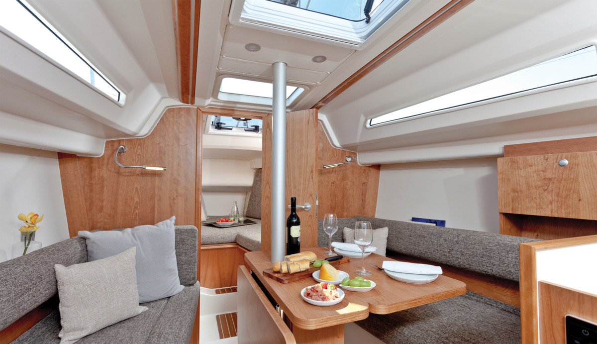 The Hanse 315's saloon is bathed in natural light thanks to well-placed ports