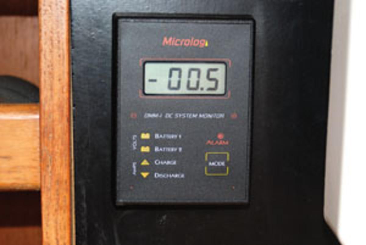 micrologic_dc_monitor
