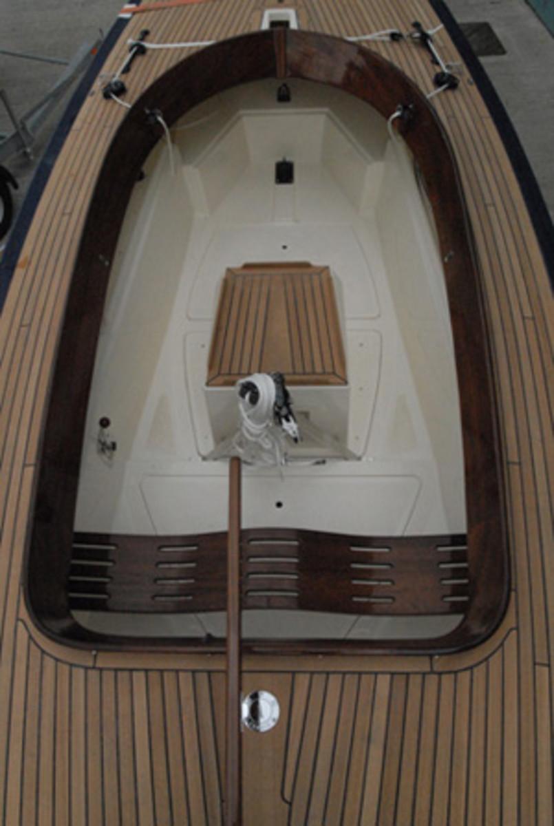 Rustler24_deck_best_boats_nom