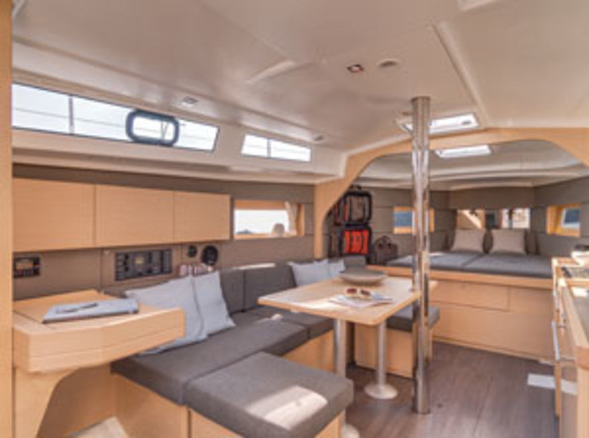 Beneteau-OC38-interior-cruiser-best-300x