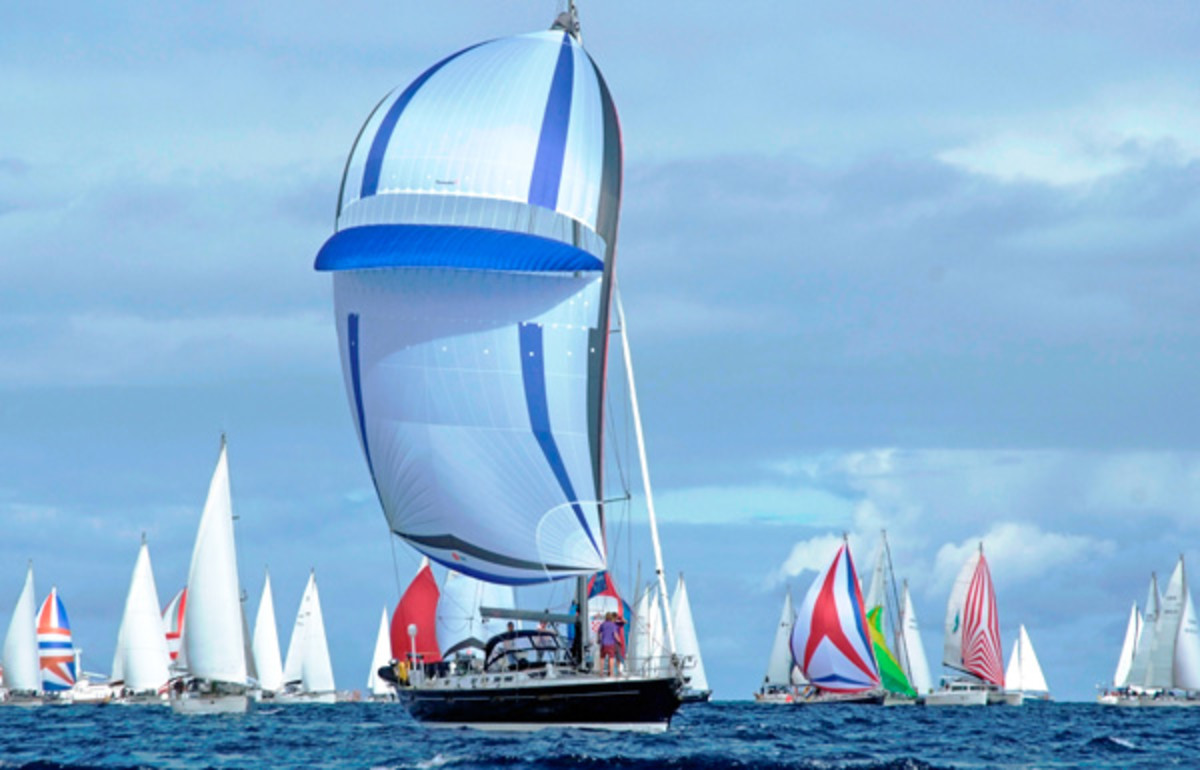 A Hallberg Rassy 42F powers to windward