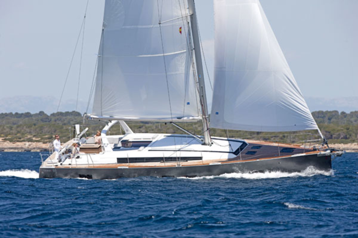 Images courtesy of Beneteau