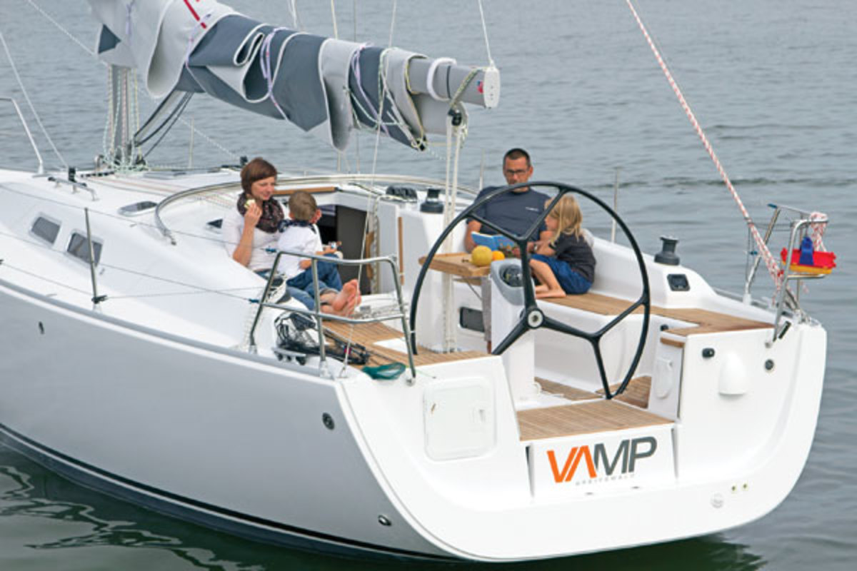 The VAR 37 may be minimalist in its approach, but everything you need to go sailing is there