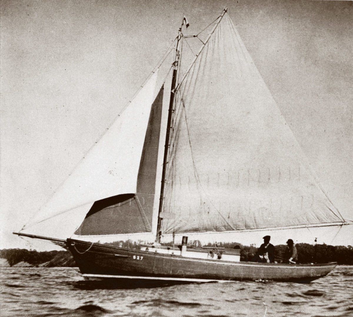 The gaff-rigged Great Western was not an easy boat for a man with no fingers to sail