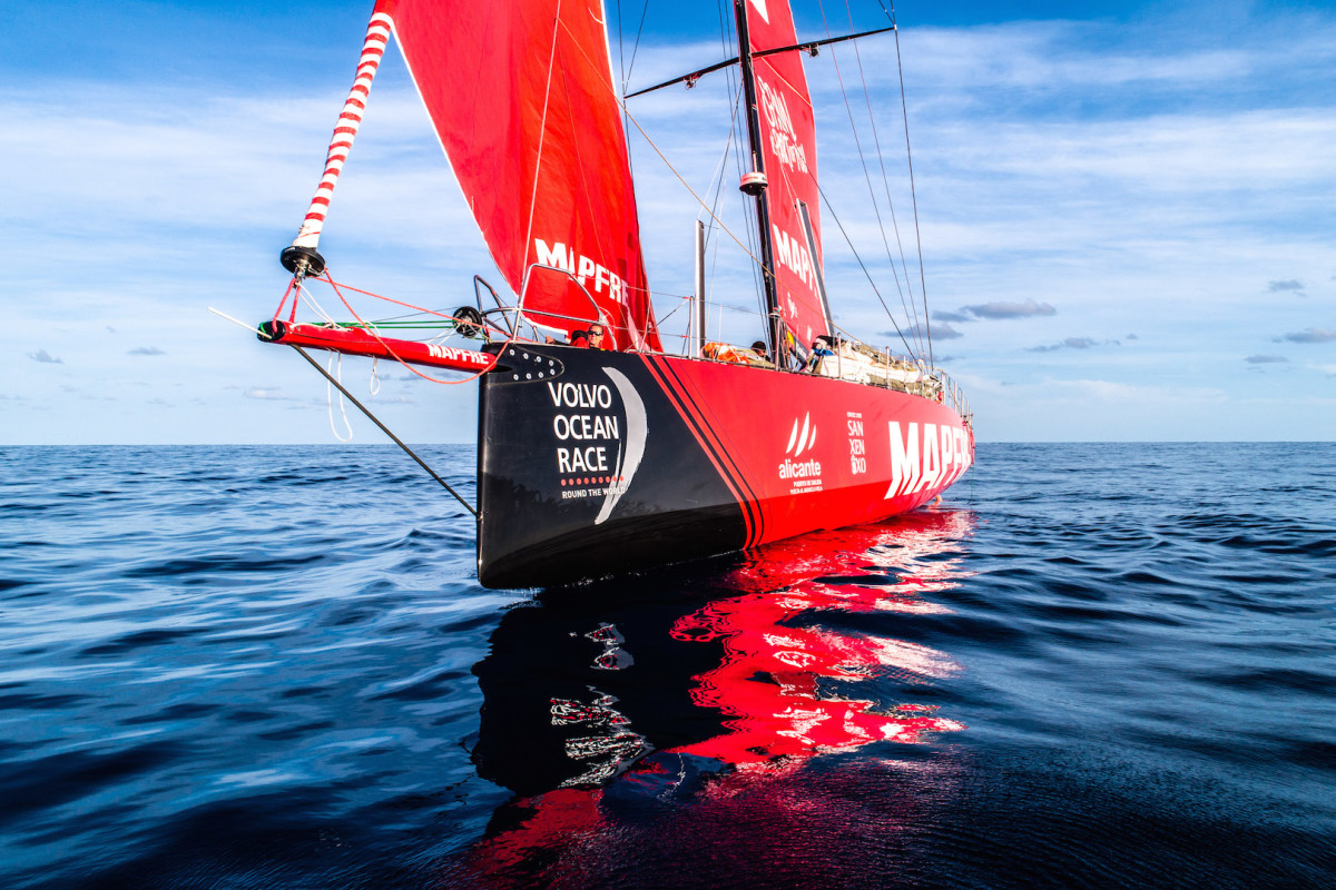 It's been tough times, however, for Mapfre, shown here struggling in light air early on in Leg 9