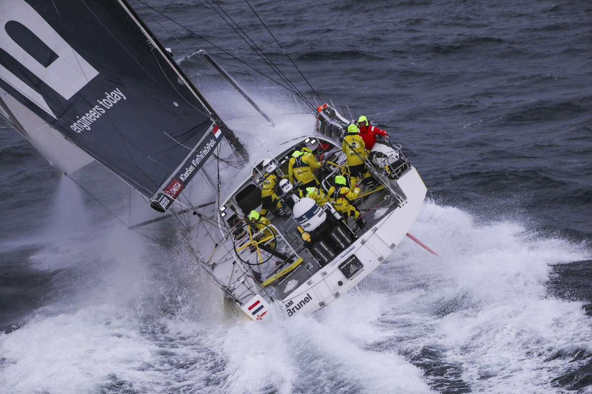 Team Brunel thunders toward the finish of Leg 10 en route to setting up a three-way tie for the overall lead with just one leg to go