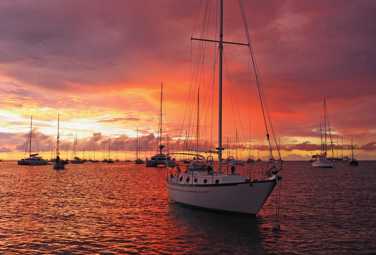 Yet another glorious Caribbean sunset, this time at Carriacou's Tyrell Bay