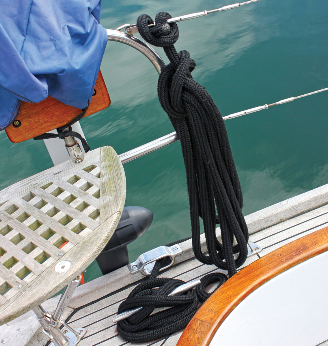 Keep lines coiled and off the deck