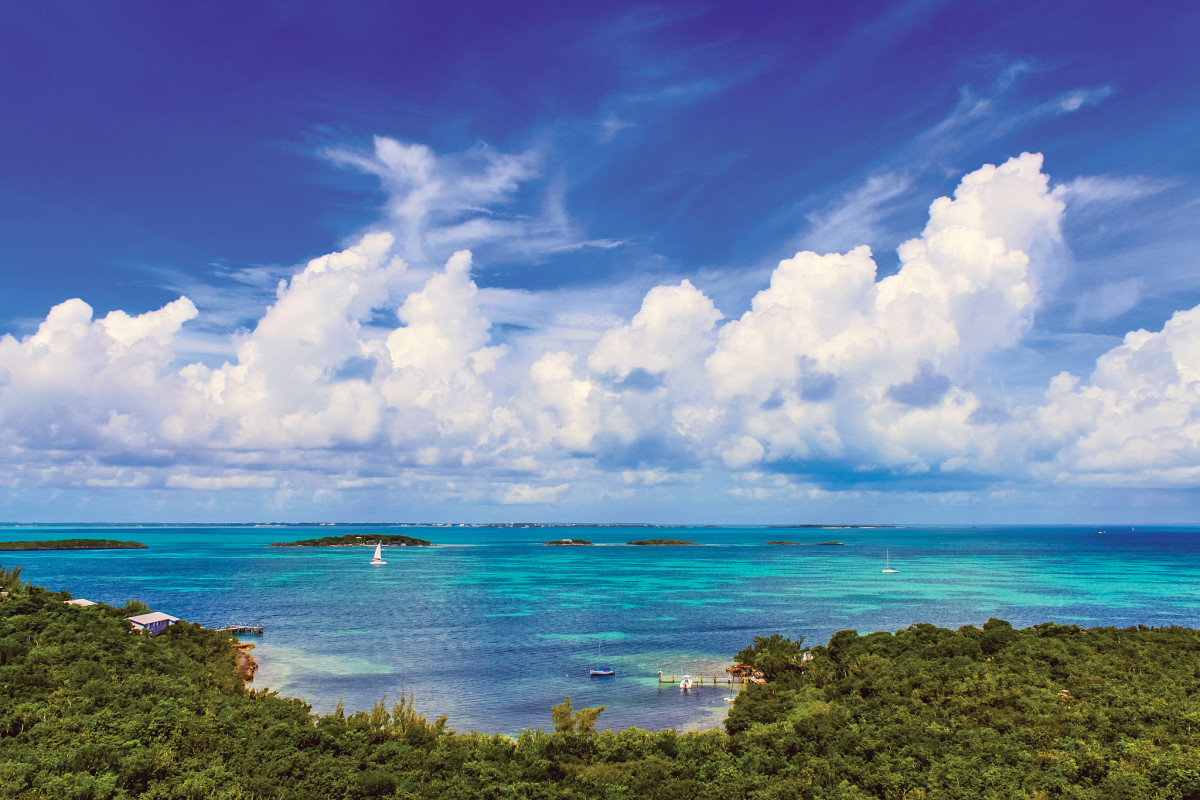 Few places can match the captivating beauty of the Bahamas, but you need to be prepared before sailing there