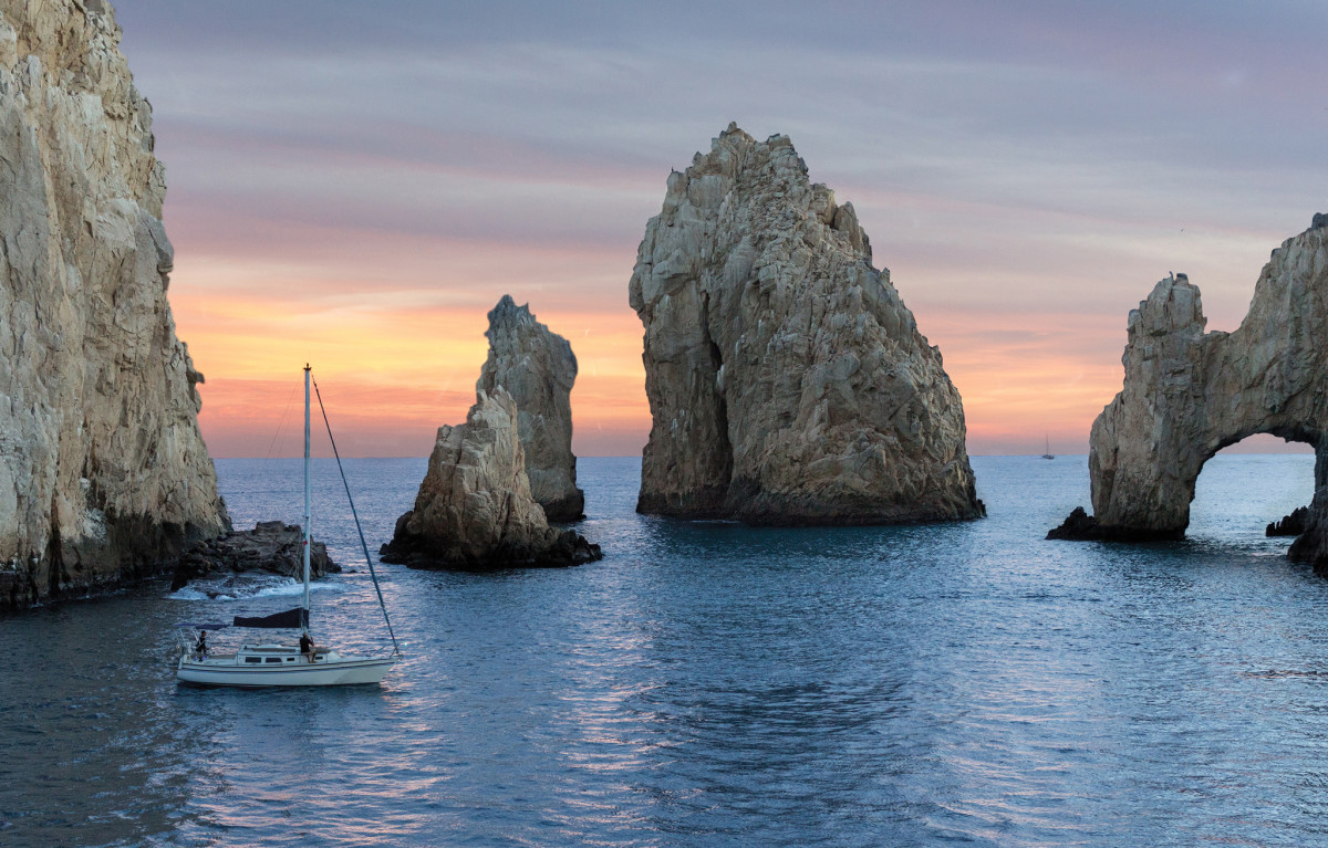 When you see these rock formations you know you've reached Cabo San Lucas