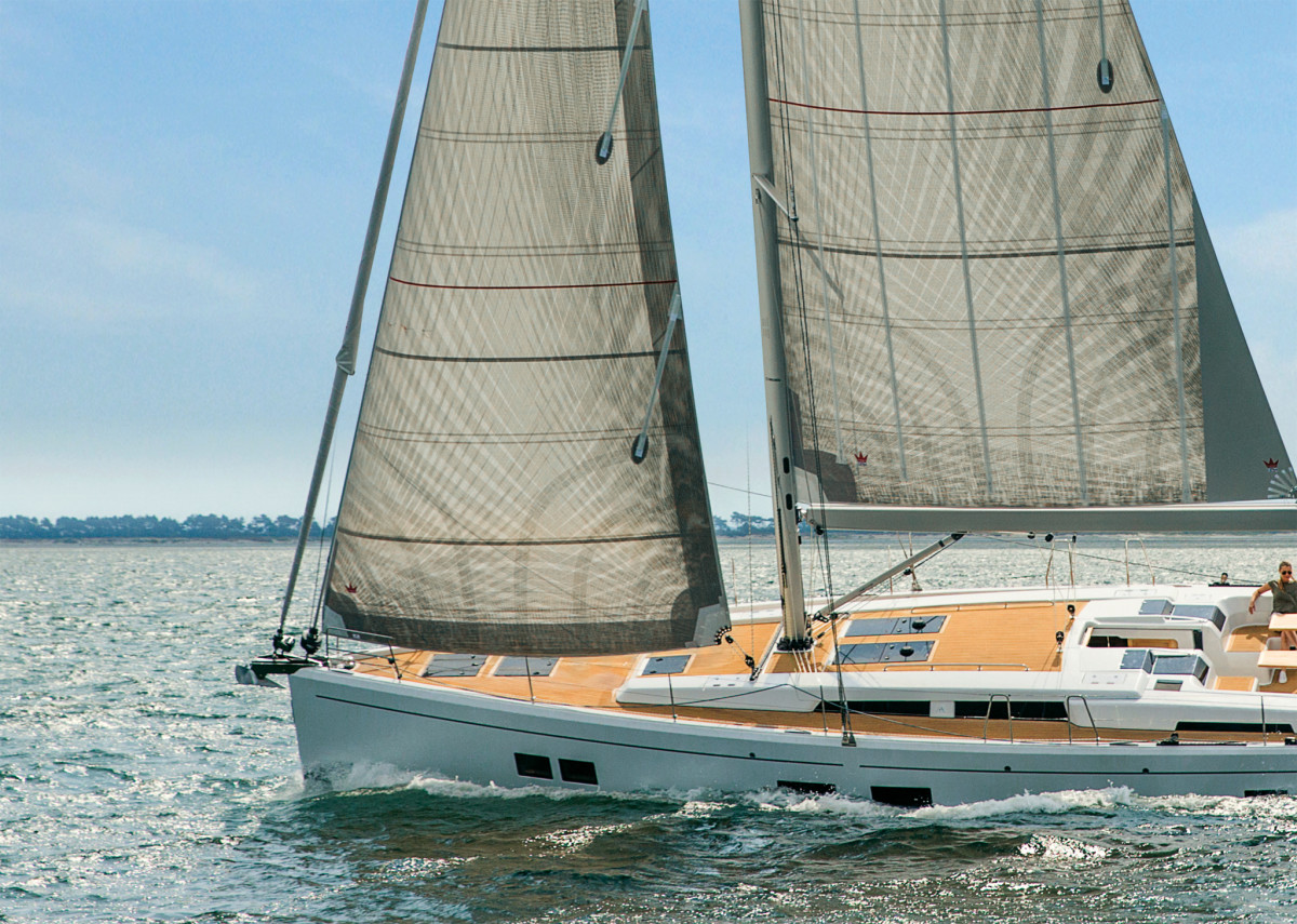 You lose no power in a rig with a well-designed self-taking headsail