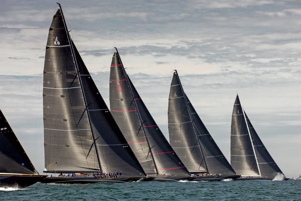 The fleet blasts off the line midway through the regatta