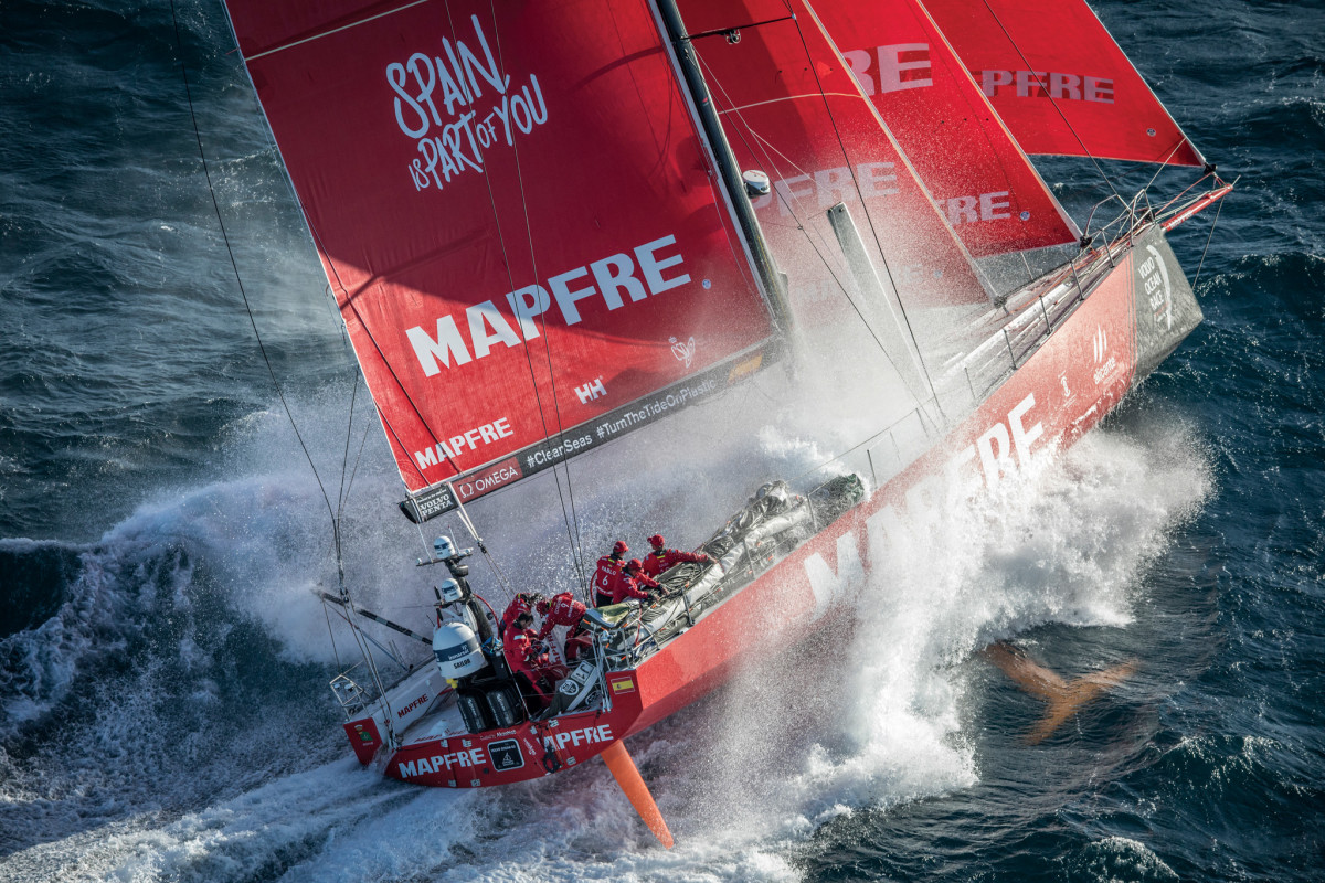 Mapfre battles some big seas during Leg 2 of the Volvo Race