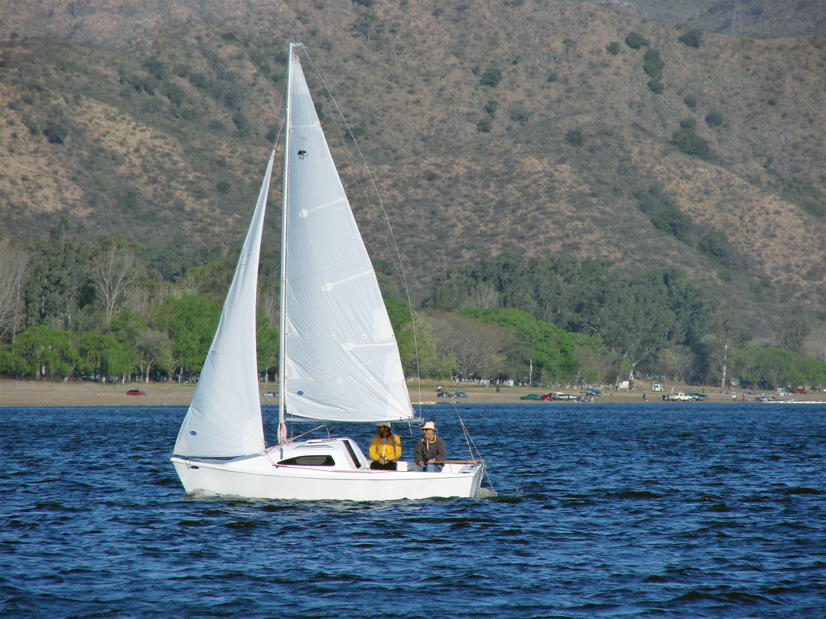 An elegant cruising boat from Argentina by way of California