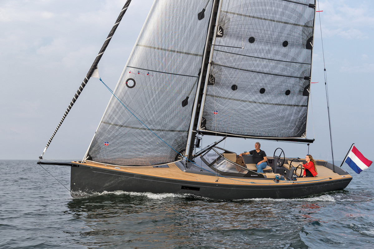 A drop-dead gorgeous daysailer, as seaworthy as it is good-looking