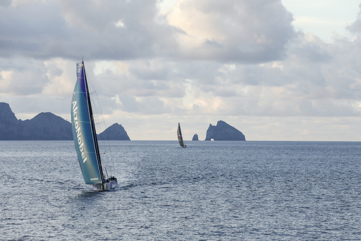 AkzoNobel and Sung Hung Kai/Scallywag match-raced their way down much of the New Zealand coast