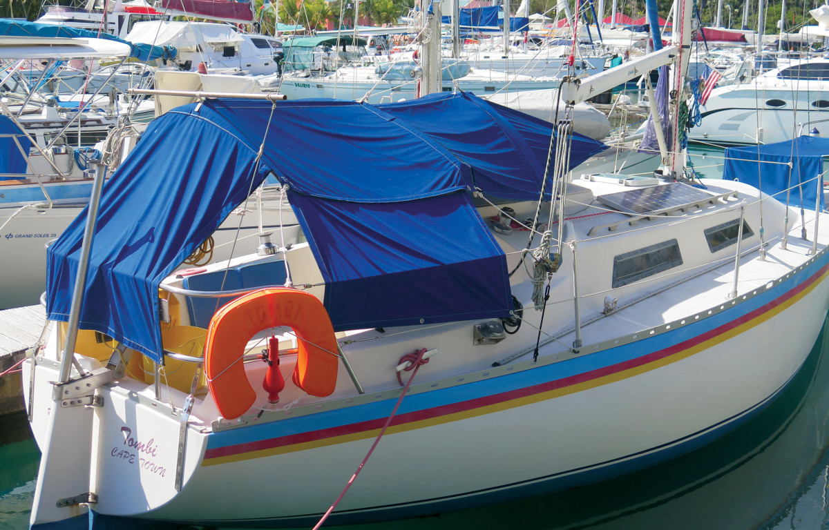 A well-thought-out awning with detachable side and aft screens;