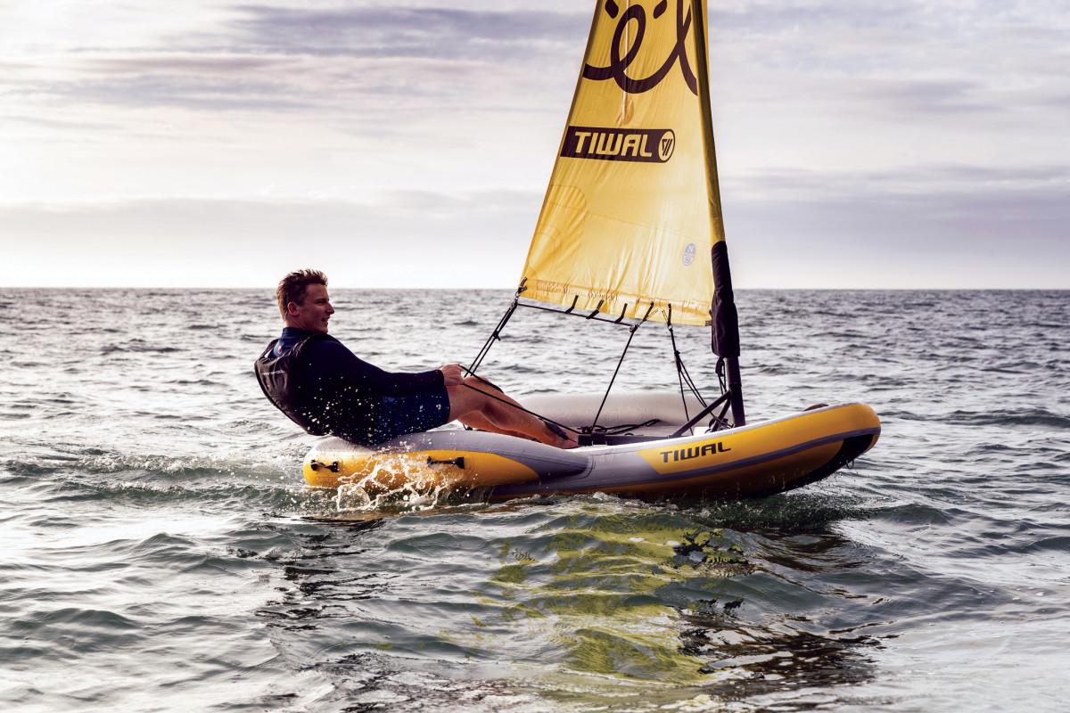 Tiwal2_sailing-