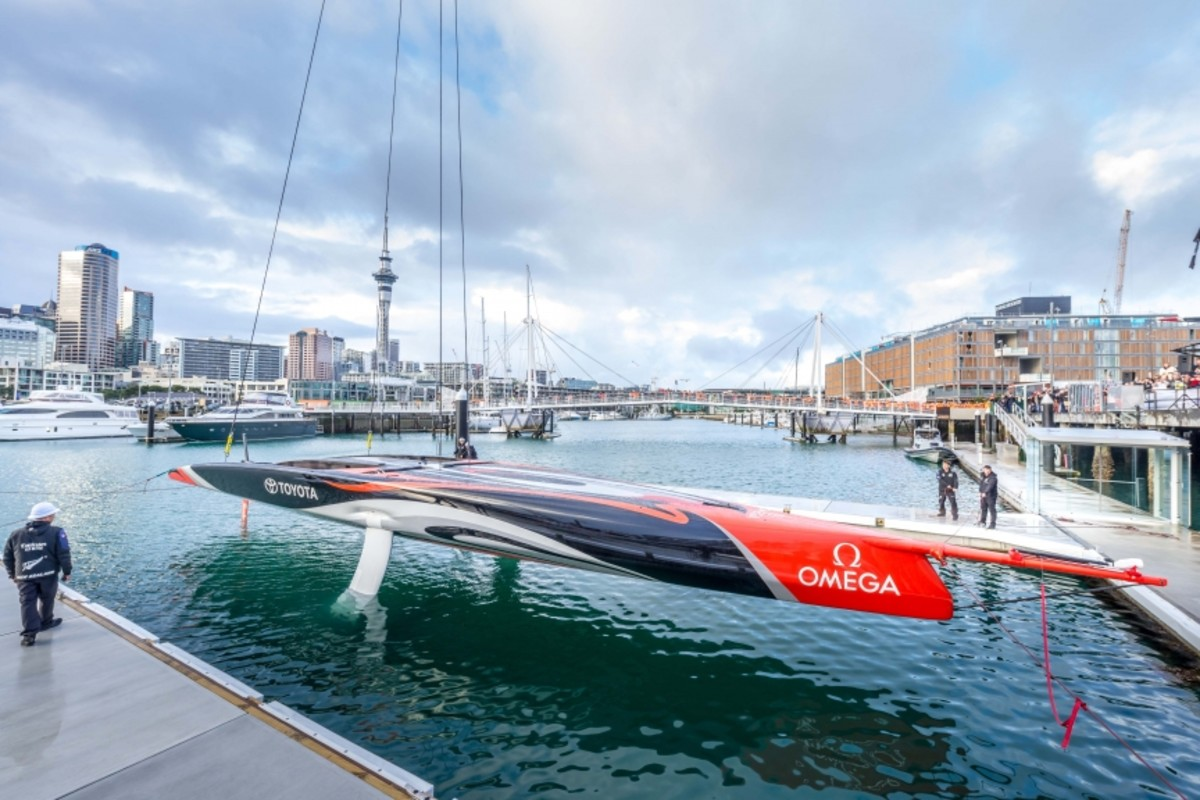 Emirates Team New Zealand's first AC75 monohull prepares to enter the water for the first time