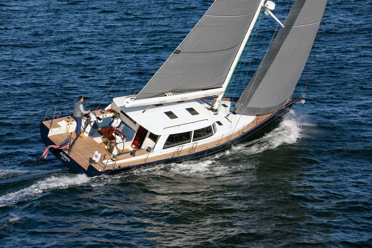 An elegant new variation on a proven performance hull