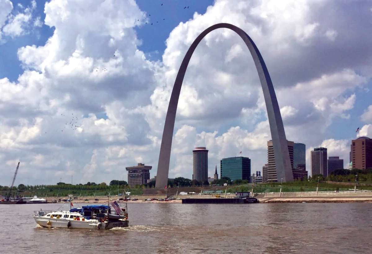 Angel Louise passes St. Louis's iconic Gateway Arch