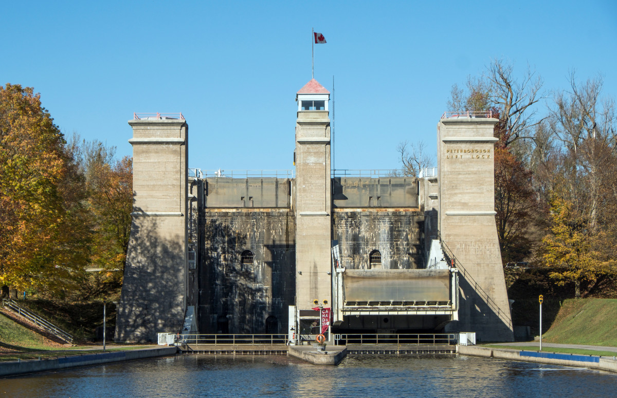 The crew negotiated the historic Peterborough hydraulic lift on the Trent Severn Waterway in Canadian Cottage Country