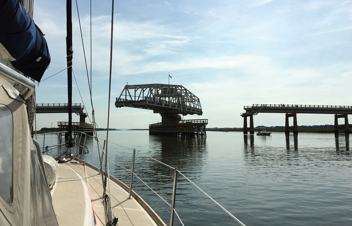 The Ben Sawyer Memorial swing bridge, one of many to be transited on the ICW