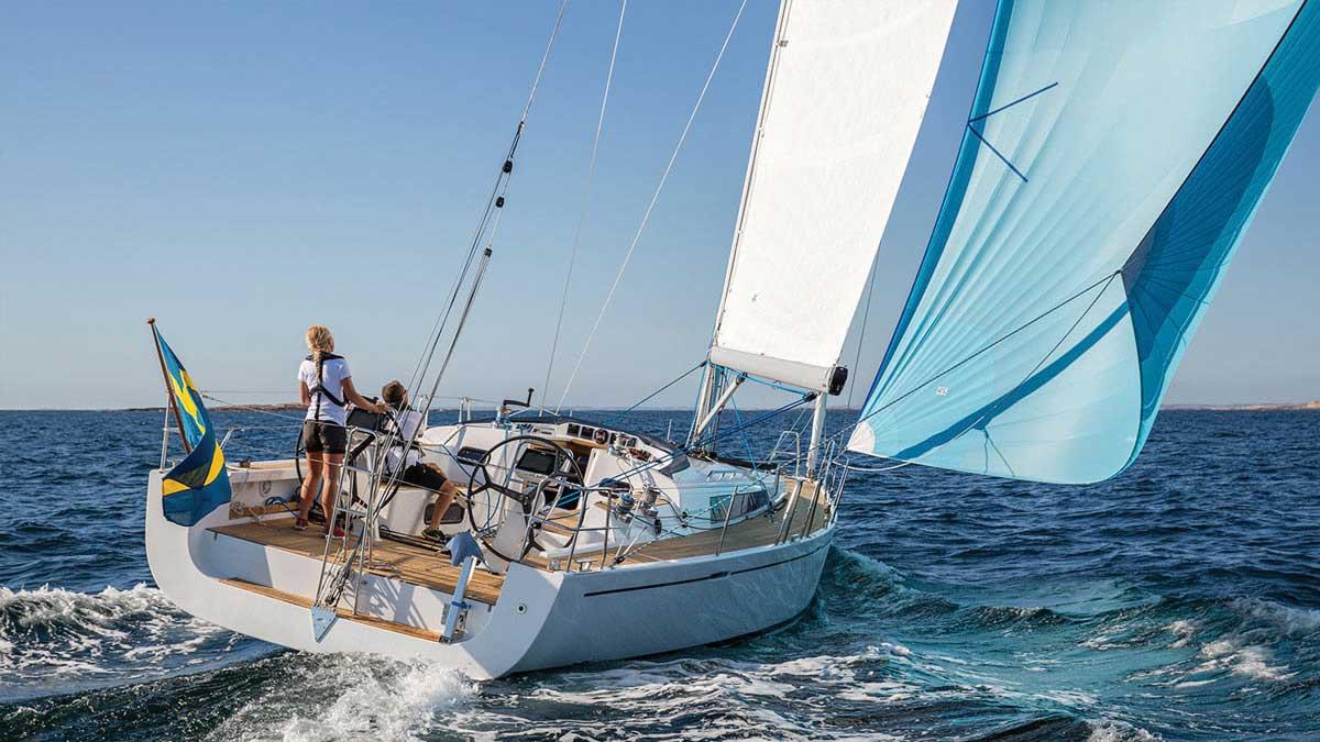 arcona-435-downwind-sailing