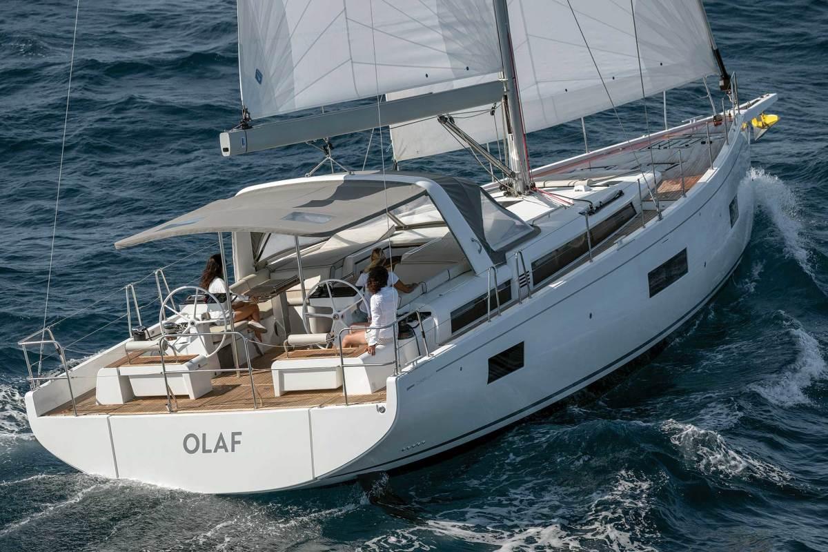 Beneteau-Oceanis-Yacht-54_0069