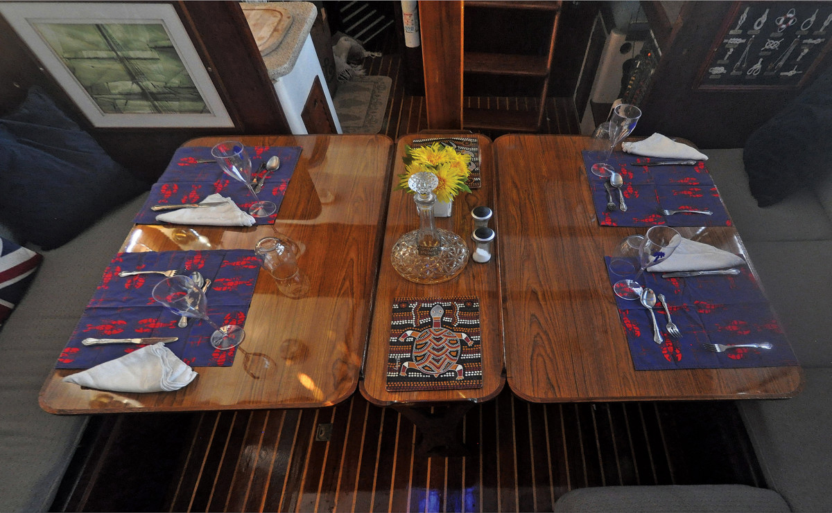 Looking aft at the new saloon table: as practical as it is glossy!