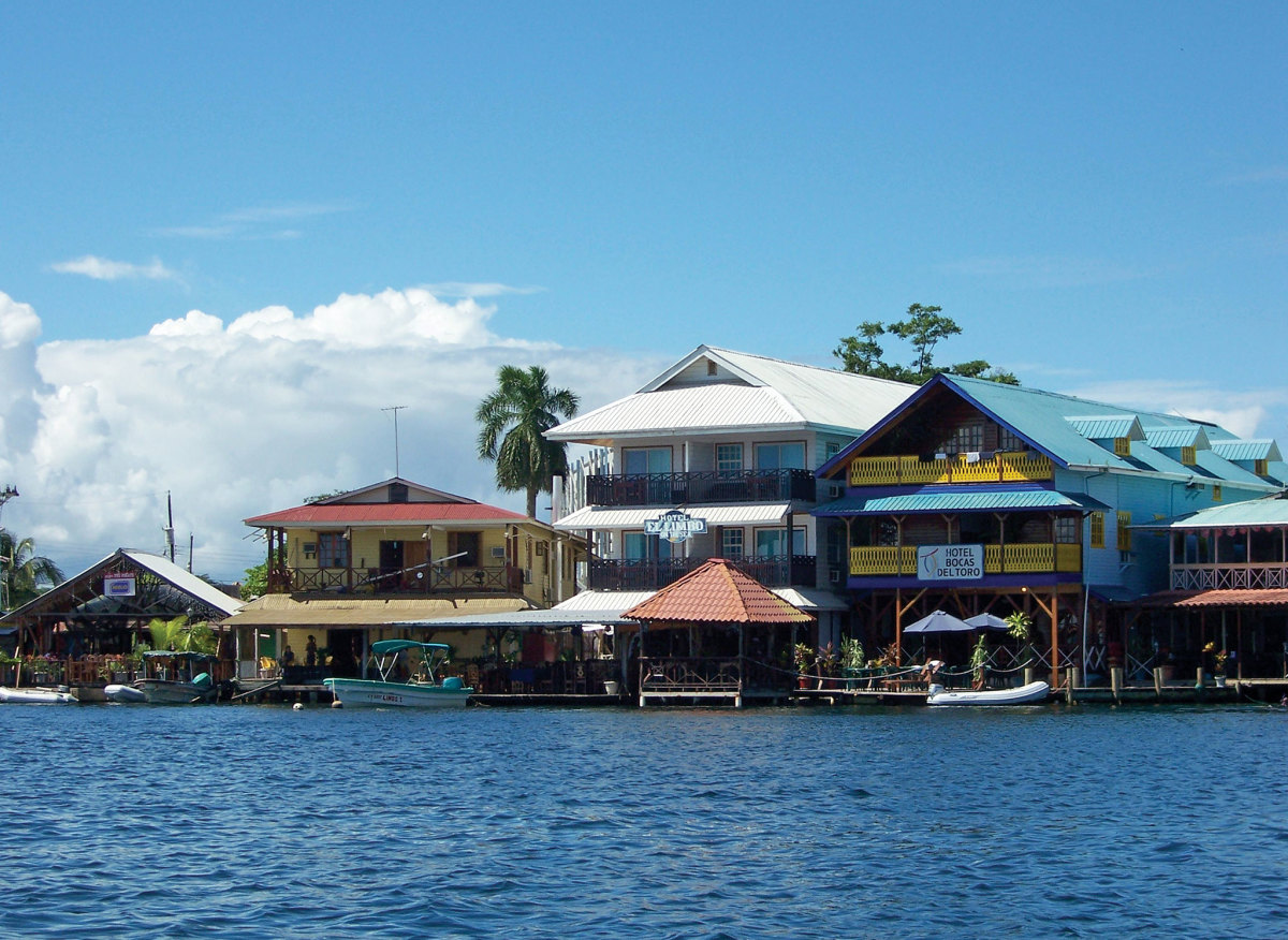 02-Bocas-waterfront